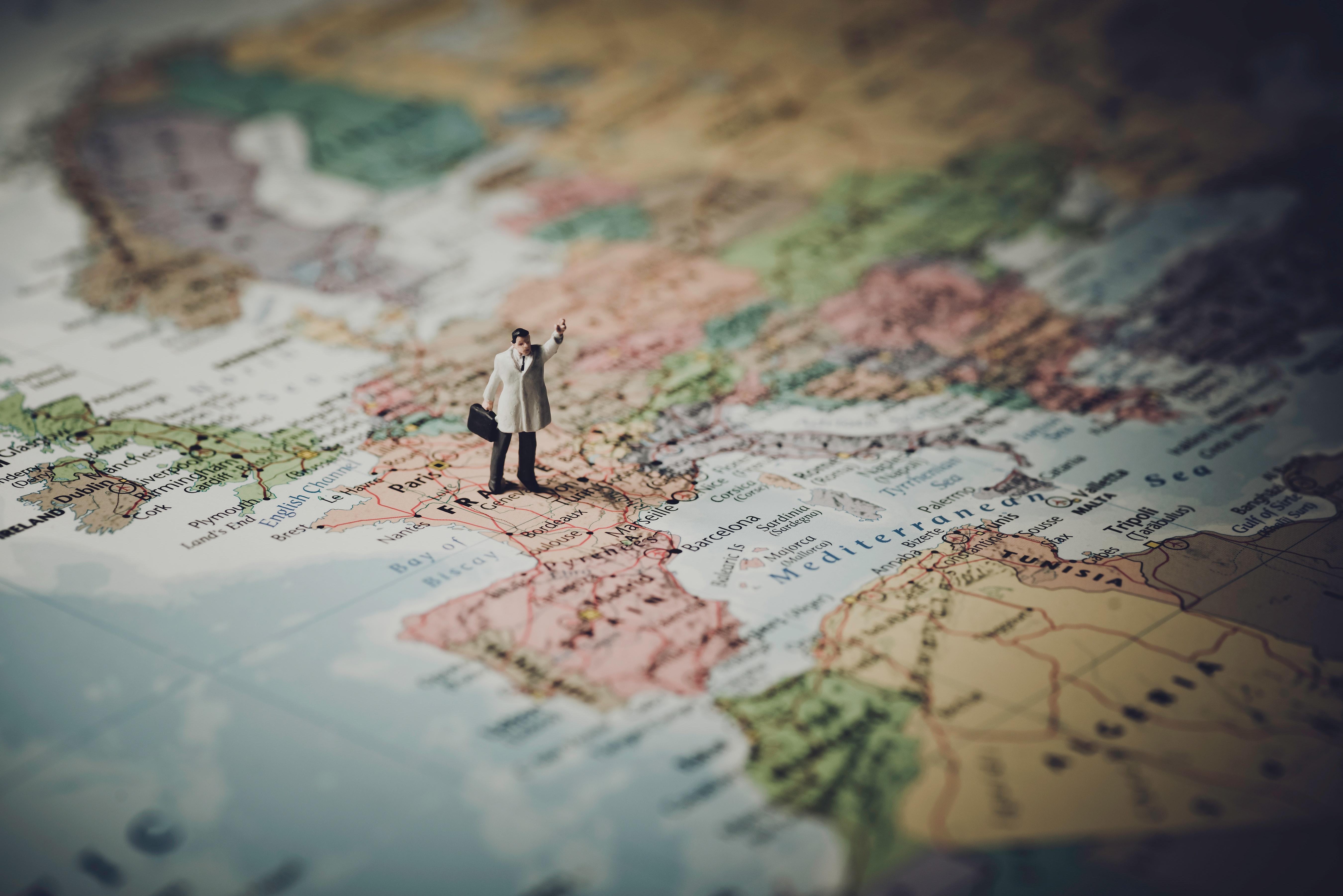 https://thehumanwell.com/wp-content/uploads/GBV_Issue_2016_008_-_Pittman-Richter_-_Selecting_Expatriates.pdf, Managing Expatriates, Expatriate Flight Risk, ROI on Expatriate Management
